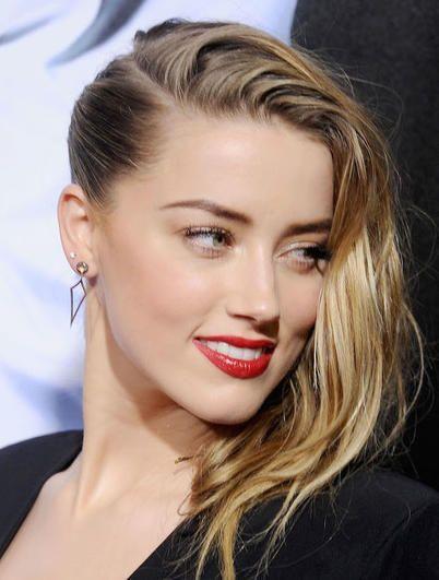 Amber Heard con i capelli raccolti di lato