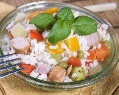 Salade de riz aux saucisses Knacki (facile, rapide) - Une recette CuisineAZ