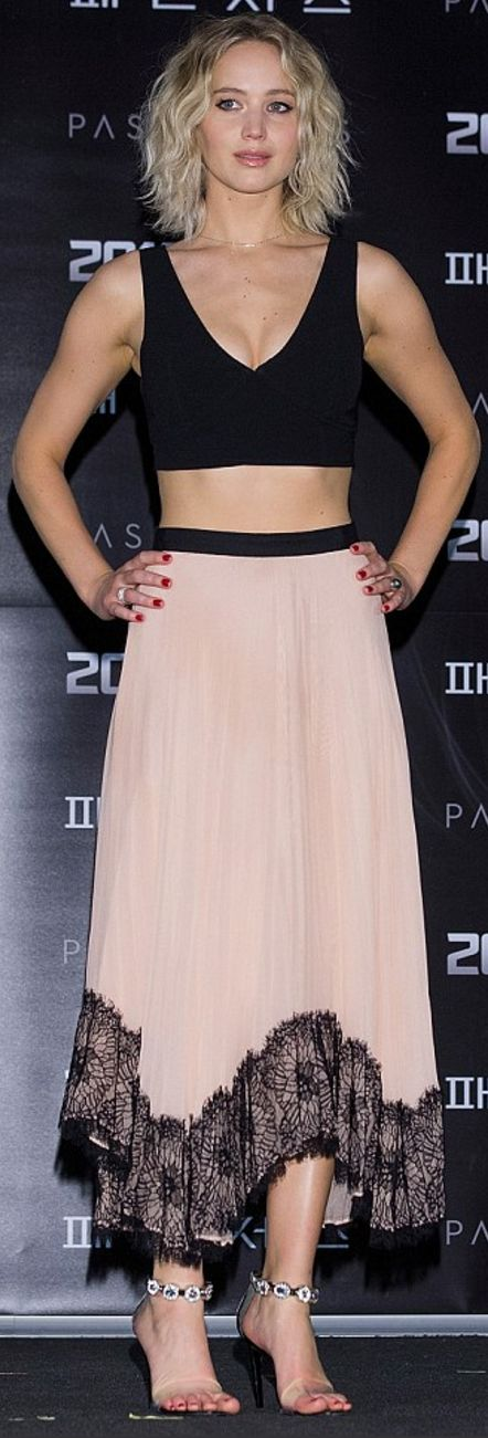 Who made Jennifer Lawrence's black crop top and pink lace pleated skirt? ..rh