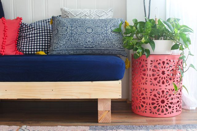 How to Make a Daybed for Kids | eHow