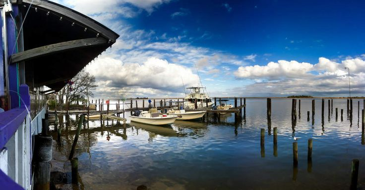 The 21 best oyster bars in the country. Boss Oyster, Apalachicola, FL