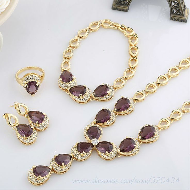 New Hot Sale Fashion 18K Gold Plated European Style Jewelry Set with Bright Romantic Crystal Women Party Dancing Jewellery Set