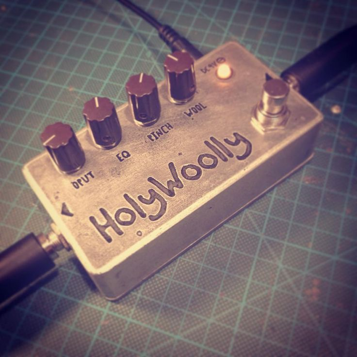 Finished my Woolly Mammoth clone. Sounds huge!! #diy #handmade #guitarpedals #guitareffects #diyguitarpedals #diyeffects #bassgear #basspedals #bassfuzz #etching #etchedpedals