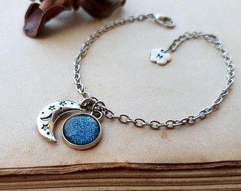 Moon bracelet, initial bracelet, personalized bracelet, Layering Bracelet, Taurus, Libra, Virgo, Capricorn, Aquarius, Pisces, Ice Teal