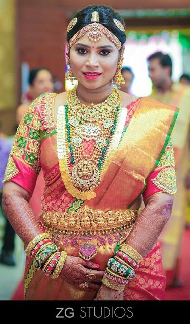 a2ec5de1b1 South Indian Bride in Kundan Wedding Jewellery | necklace | South indian  bride, Indian wedding hairstyles, South indian jewellery