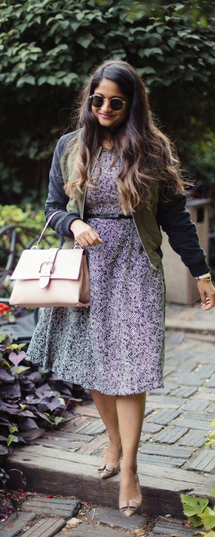 Le tote Rental Service review | dreamingloud.com  Philosophy dress, le tote, work wear outfit ideas, Ferragamo pumps, fall work wear dresses, fall style, Henri bender riverside satchel