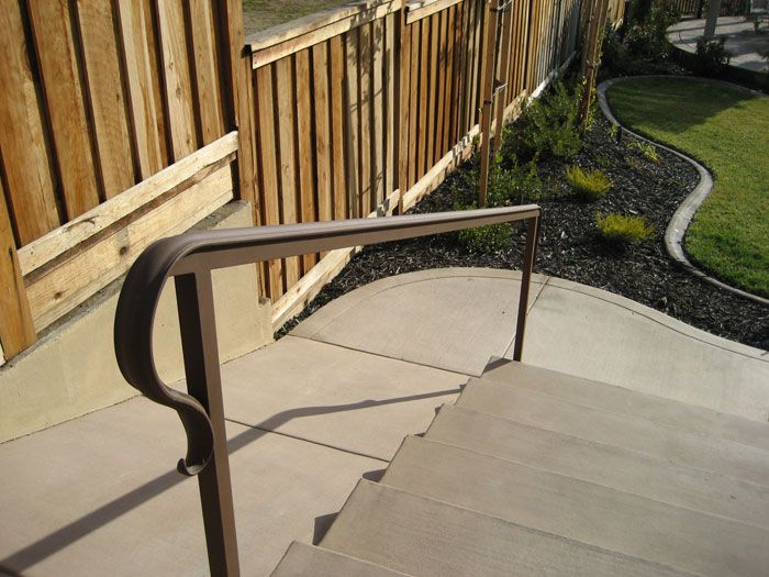 Best 25 iron railings ideas only on pinterest metal - Exterior wrought iron handrails for steps ...