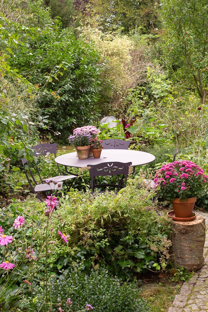 Ein Cottage Garten Am Ammersee Komm Mit In Den Traumgarten Cottage Garten Garten Bauerngarten