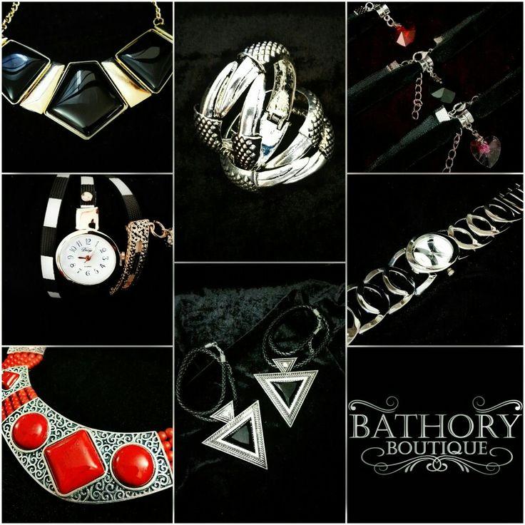 #BuenosDias los invitamos a que visiten nuestras colecciones en #Facebook hemos subido nuevos productos y subiremos muchos mas. Tenemos #Collares #Aretes #Bolsos y #Relojes #FelizLunes #BuenInicioDeSemana Ayúdanos a compartir #BathoryBoutique