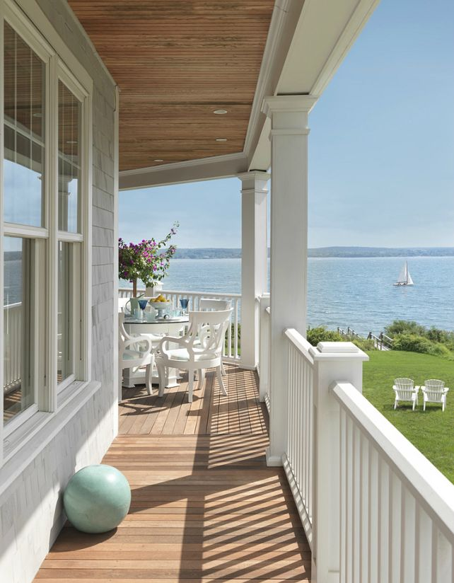 Best 25 beach house deck ideas on pinterest pool shower for Beach house with wrap around porch