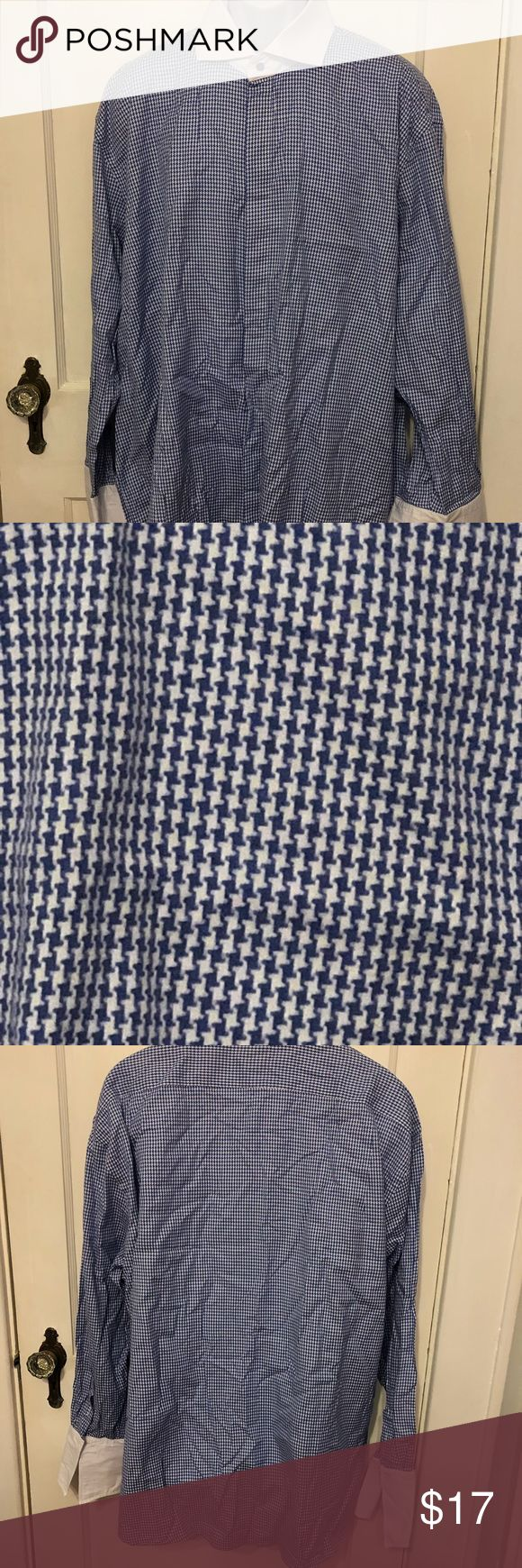 """Steven Land dress shirt French cuffs 18.5 34/35 This is a Steven Land dress shirt.  French cuffs.  100% cotton.  80's 2 ply fabric.  Size 18.5 34/35.  Measures 31"""" armpit to armpit and 33"""" shoulder to hem.  It's in great condition. No rips, stains or tears. Steven Land Shirts Dress Shirts"""
