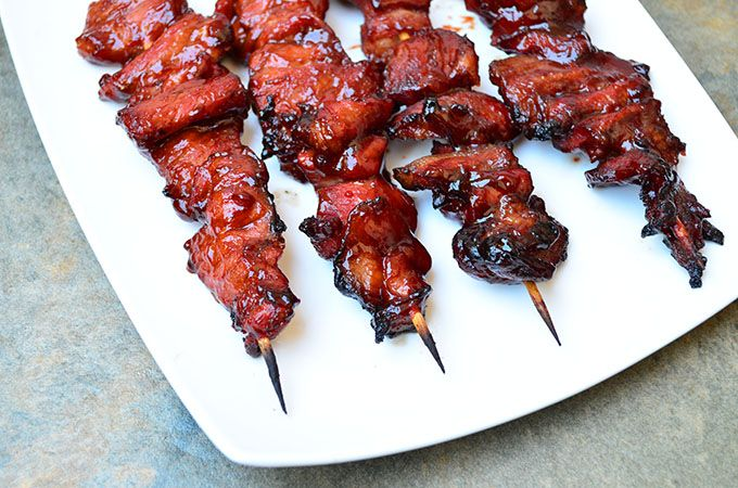 #barbecue pork on a stick...the perfect party fun food http://www.kawalingpinoy.com/2013/03/barbecue-pork-on-a-stick/