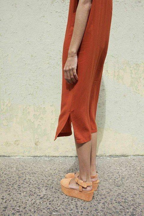 dark orange midi dress & peach suede platform sandals #style #fashion #summer