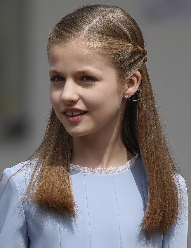 Princesa Leonor pendientes Comunión Infanta Sofía