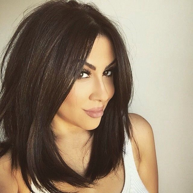 "Gefällt 39 Mal, 6 Kommentare - @hair_and_beauty_2 auf Instagram: ""#hairdo #darkhair #longbob #longbangs #haircutsforwomen #cuteandsexy"""