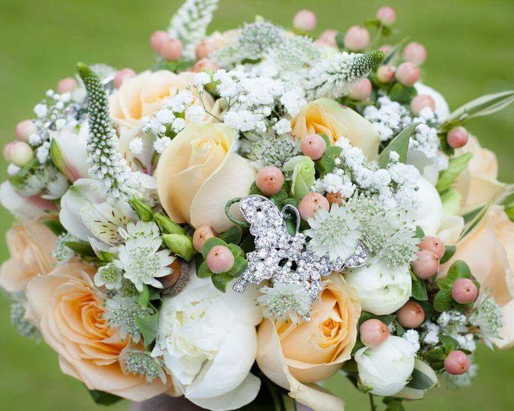 Bridal bouquet peach and white.