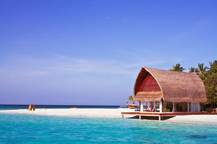 Questa casa sulla spiaggia alle Maldive