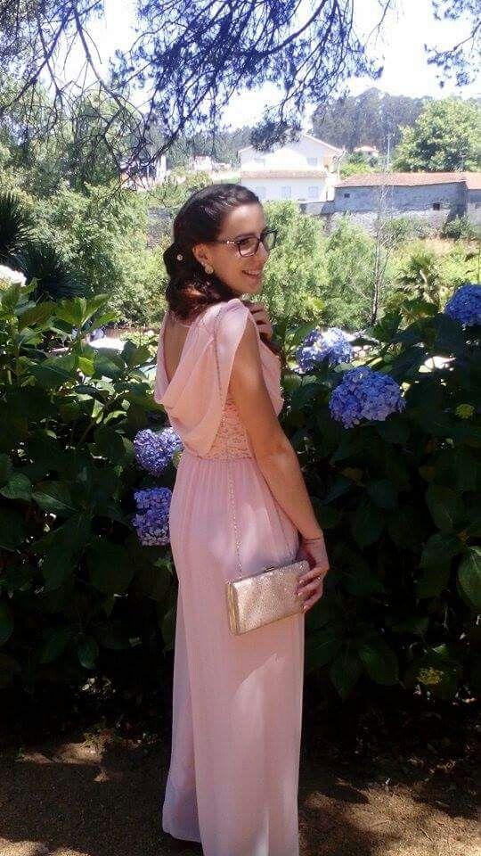 Linda a. Joana, vestida pela Lima Limão  Obrigado pela preferência.