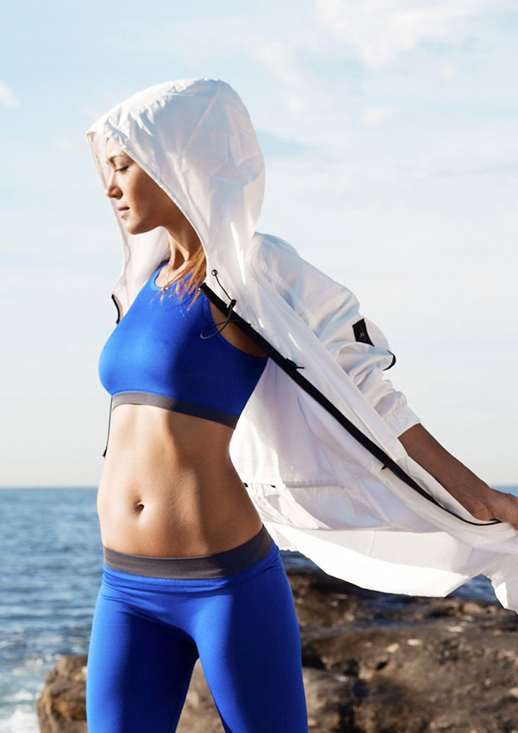 Wellbeing expert, moderl and fitness it girl, Bianca Cheah, puts Country Road's new season Active collection through its paces and shares her ultimate energy tips. Read it now at https://www.countryroad.com.au/livewithus/fitness-it-girl-bianca-cheah-shares-her-ultimate-energy-tips.html