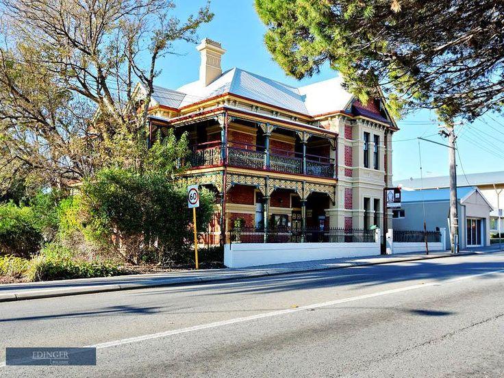 Federation Queen Anne Style, Building, Dalkeith House, 160 High Street, Freemantle, WA, Australia.
