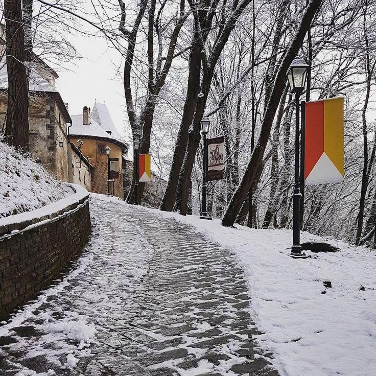 Oravsky hrad mimo sezony. Udrzba obnova a restaurovanie. #orava #oravskyhrad #oravacastle #naoravedobre #nasaobnova