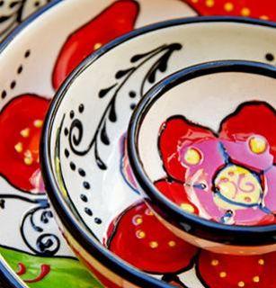 Spanish, crockery and tableware handpainted from Andalucia  Vajilla de cerámica española. Artesanía en alfarería pintada a mano.
