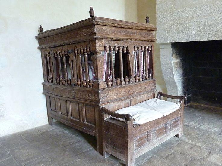 Lit clos -lit carrosse-Château de Kerjean - Saint Vougay - Finistère.Bretagne
