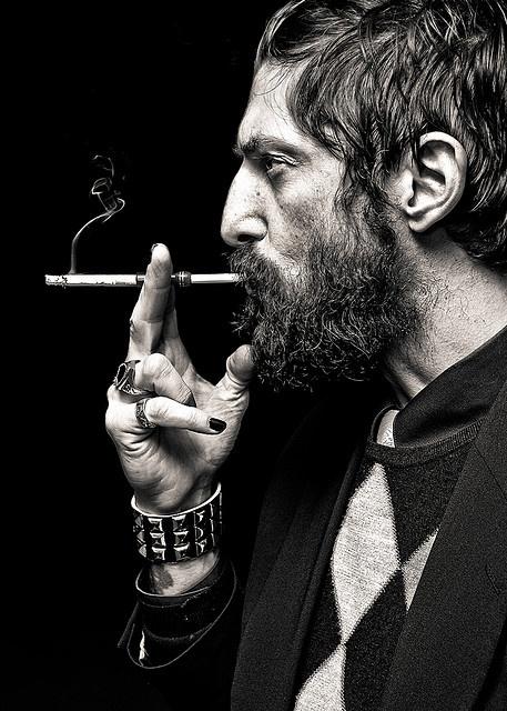 .Smoke Beards, Fashion Men, Man Hair, Guy Fashion, Argyle Jumpers, Tony Ward, Curly Beards, Fashion Boots, Man Style