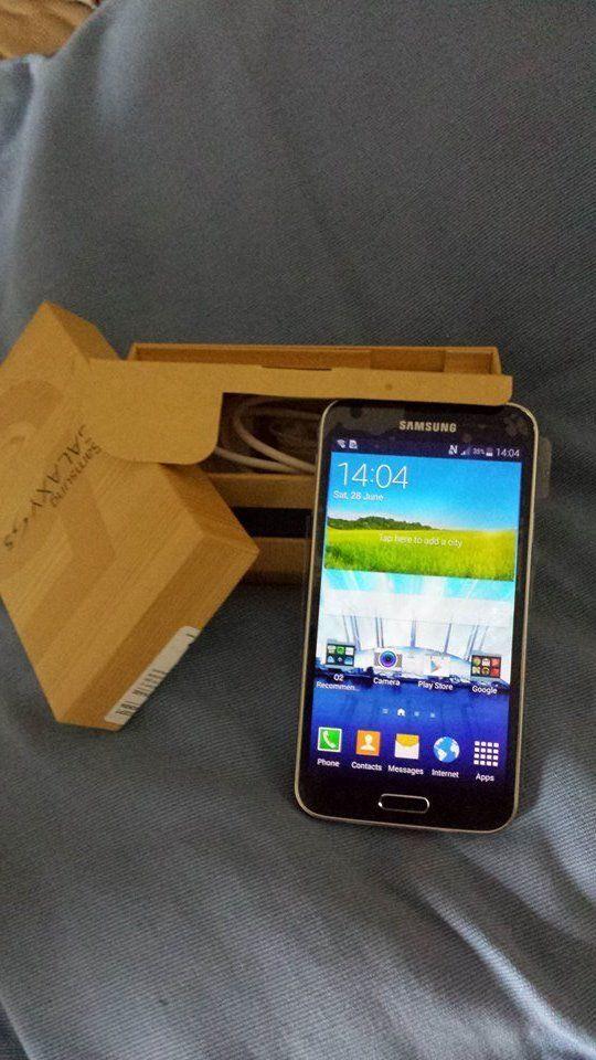 Samsung Galaxy S 5 black (O2) Smartphone