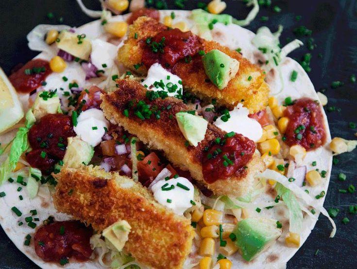 Fisk tacos med klassiska tillbehör