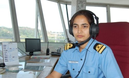 Administrative job for girls in Navy or other Dfence services?