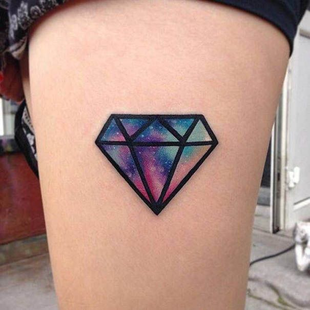 Top 25 schicke Diamant-Tattoos