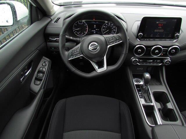 2020 Nissan Sentra Sv In 2020 Nissan Sentra Nissan Versa Nissan
