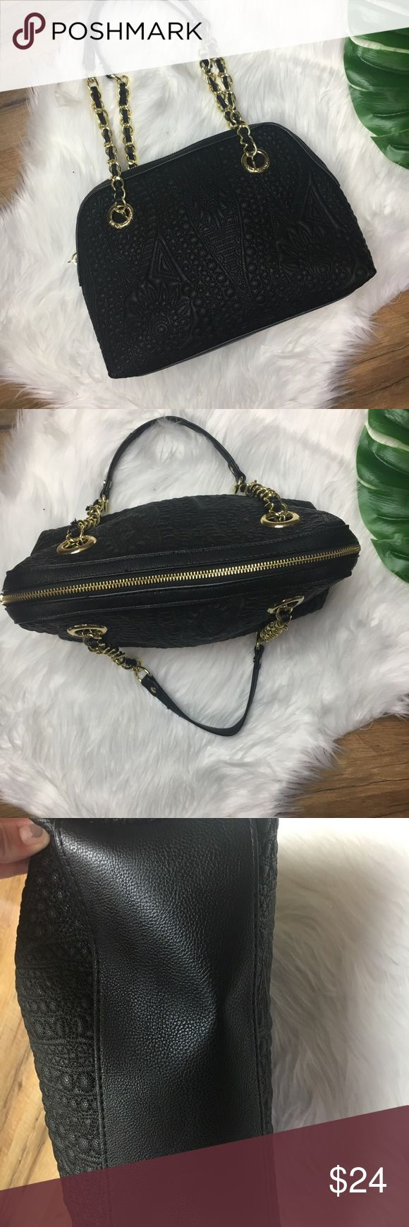 Medium Big Buddha Bag Medium Big Buddha Bag  Black with Gold embellishments Measurements are in photos Excellent Condition Big Buddha Bags Shoulder Bags