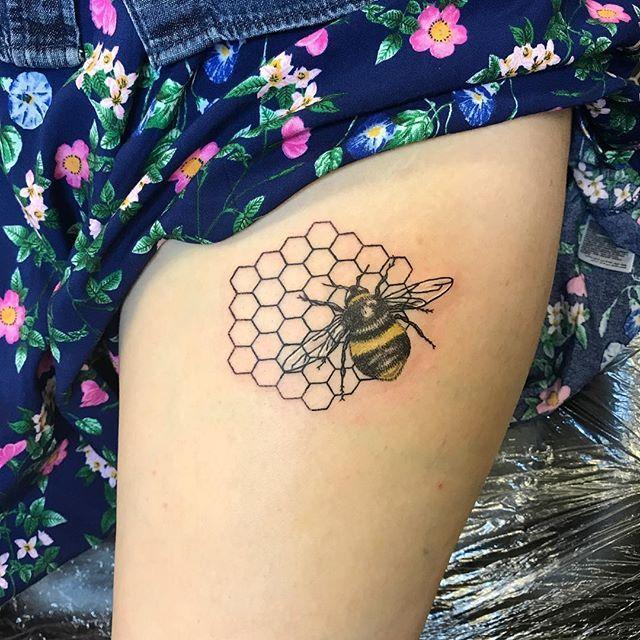 Bee Tattoo Designs 21