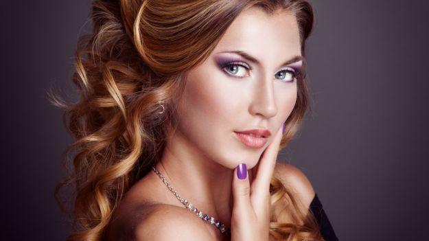 Нежный макияж на выпускной в сиреневых тонах ::: onelady.ru ::: #makeup #eyes #eyemakeup