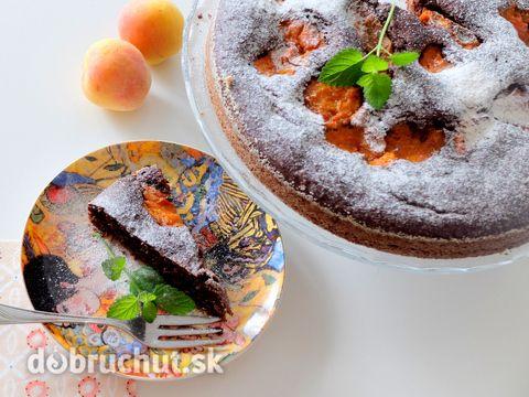 Marhuľový čokoládový zdravý koláč