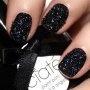 Manucure « Caviar » : la tendance chic et insolite de cet hiver ! - Marie Claire