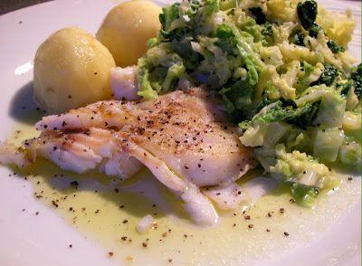 Herkkusuun lautasella-Ruokablogi: helmikuuta 2010 paistettua turskaa ja savoijinkaalia