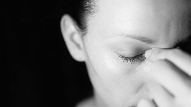 Souvent considérée comme honteuse, parce que traduisant une fragilité peu en phase avec les valeurs de performance vantées par la société, la dépression nerveuse est souvent mal diagnostiquée.