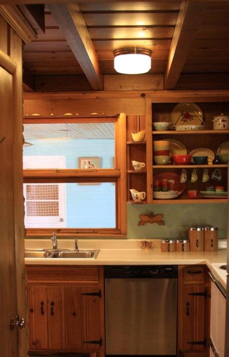 Knotty Pine Kitchen #retrorenovation.com