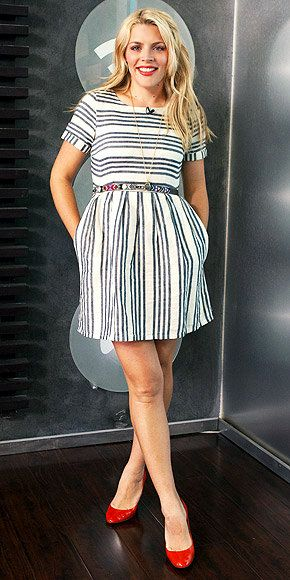 Busy Philipps in a Madewell stucco stripe songbird dress http://rstyle.me/hpetxjmn8e