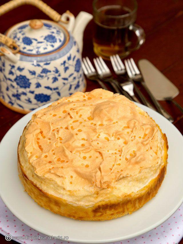 cheesecake-cu-vanilie-si-bezea-0