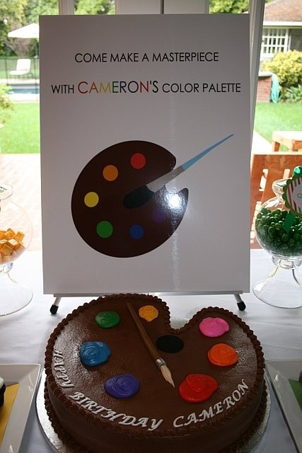 This seems like a simple cake for an art party