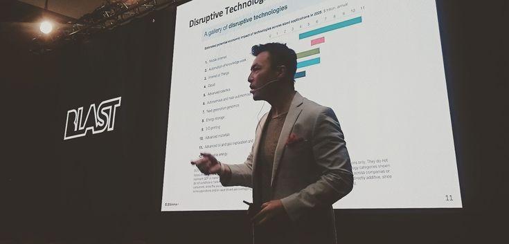 Scott Amyx: The Key to Economic Growth for a Nation. http://www.tixemagazine.it/scott-amyx-la-chiave-e-investire-sul-territorio/ #venturecapital #economics #growth @TIXEmagazine @AmyxIoT