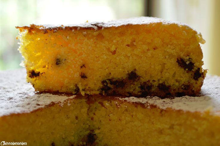 Questa torta farina di mais e cioccolato è una golosità per gli amanti delle cose rustiche come me! Ormai sapete quanto ami tutto ciò che è rustico!
