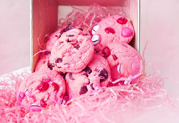 Breast Cancer Awareness Pink Chocolate Chip Cookies!   * Making these for the Future Nurses Club Bake Sale*