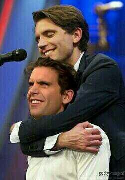 Mika hugging.... Mika who did this!?