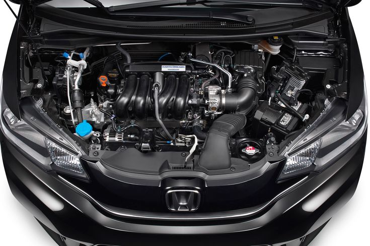 Honda-Fit-engine