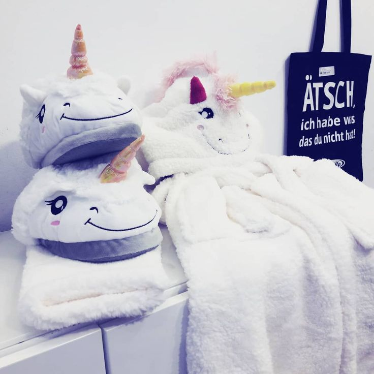 Für unsere Einhornfans  Kuschelige Pantoffeln und flauschige Bademäntel im Einhornlook #unicorn #einhorn #bathrobe #slippers #cute #kawaii #girly #closeuphd #fleecy #cuddly #plush #soft #instagood #picoftheday #instadaily #newarrivals